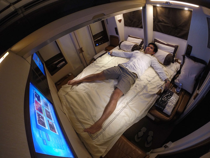 What it 39 s like to fly the 23 000 singapore airlines for First class suite airline